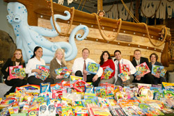 Davison inspires with a creative holiday donation