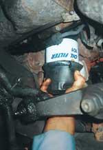 The Oil Filter Gripper preventing oil from spilling